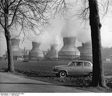 220px-Bundesarchiv_B_145_Bild-F015001-0004,_Kohlebergbau